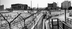 berlin wall- wire